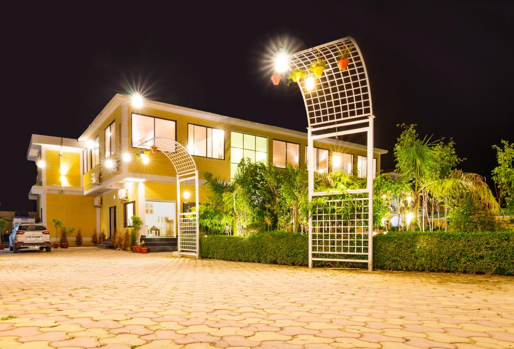 Jim Corbett Hotels and Resorts